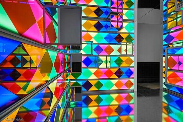 installazione di plexiglass di Ypsilon Tasarim