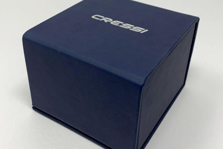 Packaging di lusso minimal. L'orologio in edizione limitata di Cressi