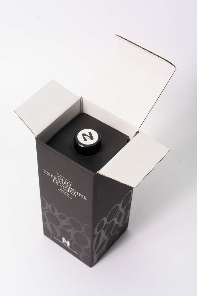 Packaging per olio di oliva