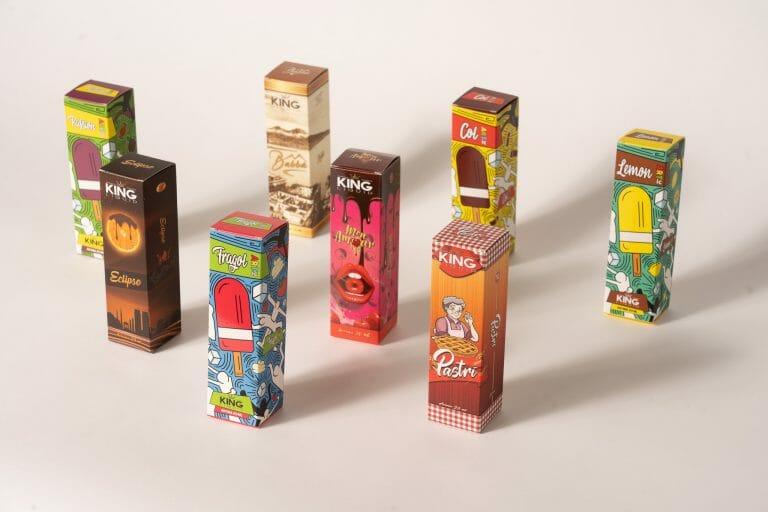 Packaging personalizzato per aromi di sigarette elettroniche. 2 esempi a confronto.
