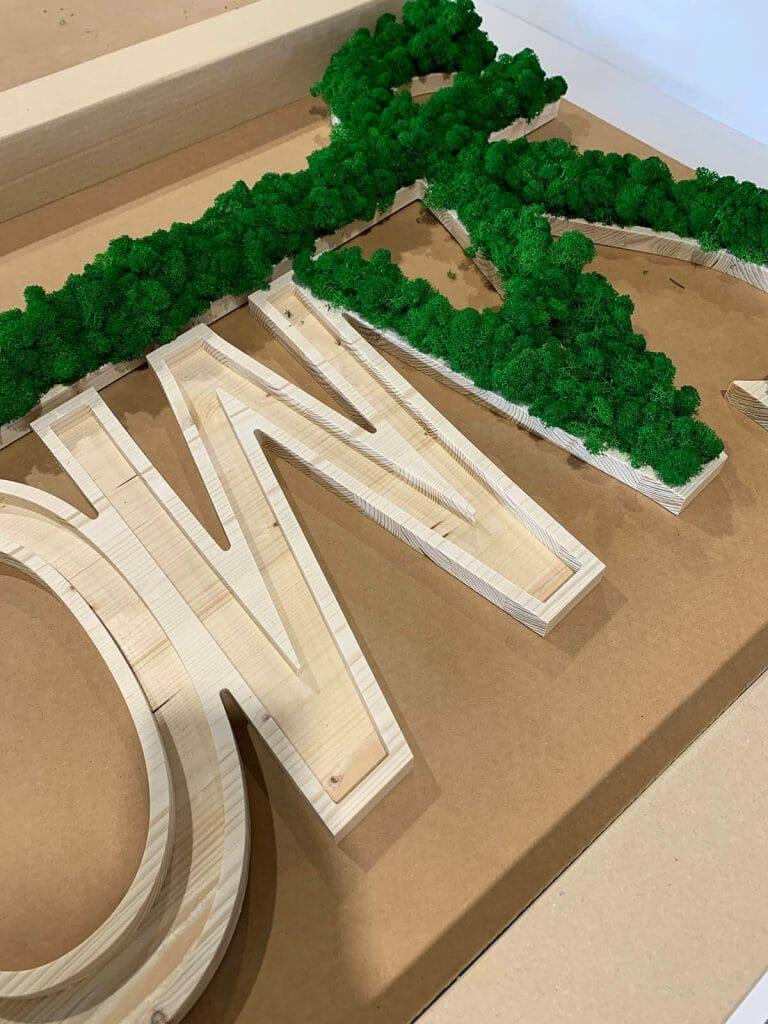 Insegna 3D in legno e licheni stabilizzati. La natura nella tua abitazione o nel tuo ufficio